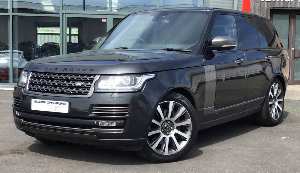 Front view of 2014 model year Range Rover Autobiography 4.4 V8 turbo diesel for sale