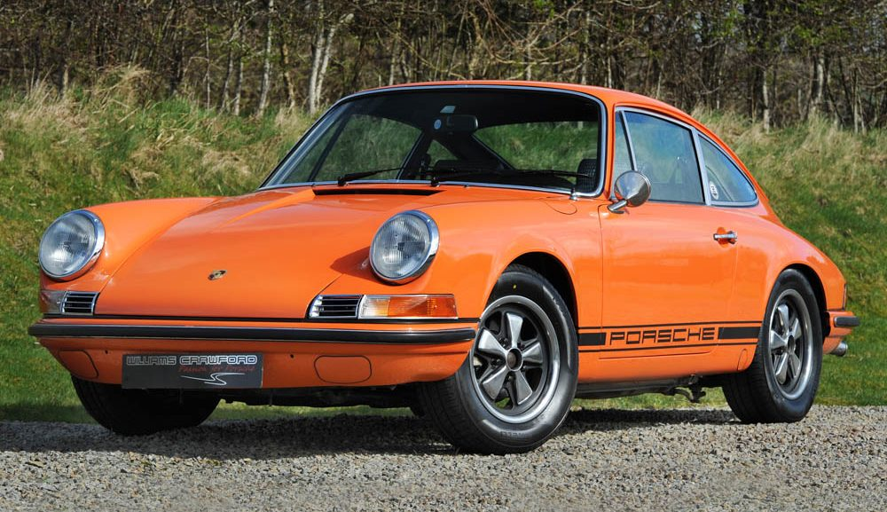 Front view of 1970 model year Porsche 911 T 2.2 LHD coupe for sale